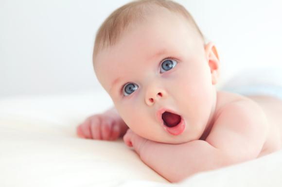 口臭が気になる赤ちゃん