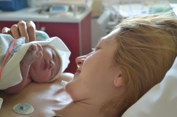 胎児発育不全の末無事出産したママ