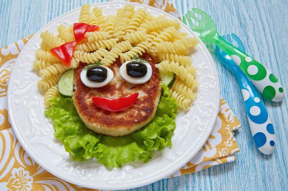 夏休みに子供と楽しく食べられるお昼ごはん