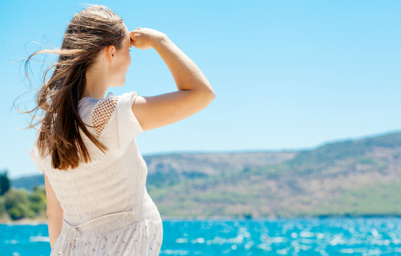 熱中症に悩まされそうなくらい汗をかきやすくなっている妊婦さん