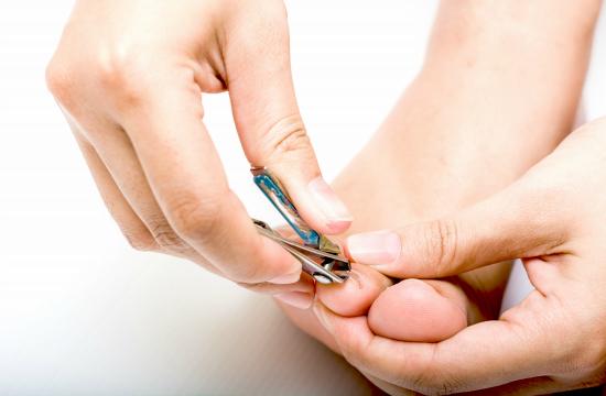 妊婦さんの爪の切り方
