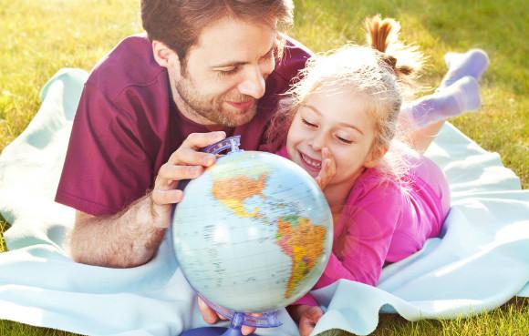 愛情を注いで教育をする親と受け止める子