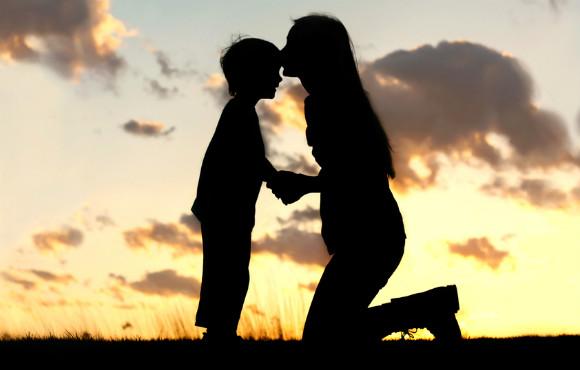 子供の事を信じ認め見守る親