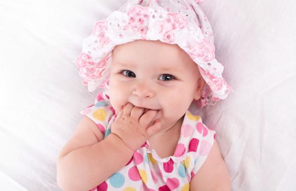 6ヶ月から8ヶ月の赤ちゃん