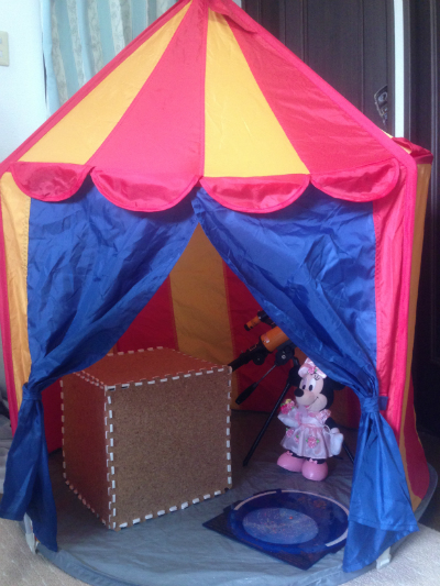 play-inside-with-child0517-12