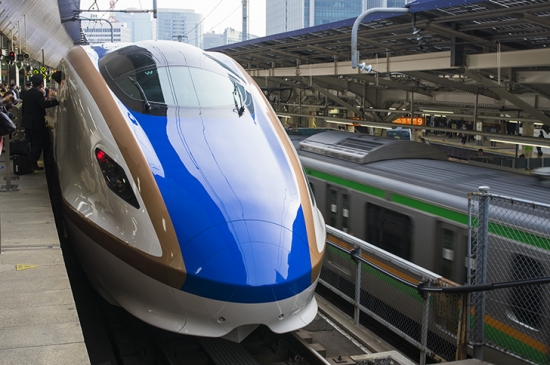 bullet train 0330-5