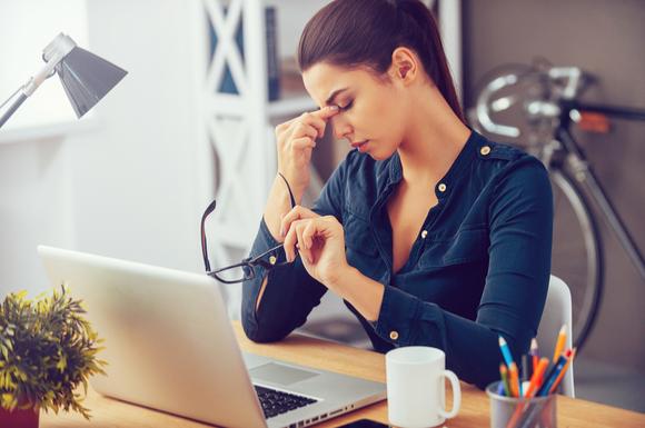 つわりがひどくて仕事をやめようと思っている女性