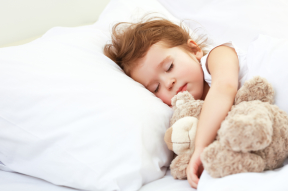 寝つきが良くなる生活を送ってすぐに入眠できている子供