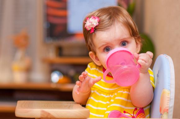 赤ちゃんのコップ飲みにおすすめのマグの画像