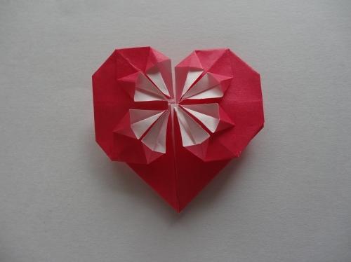 折り紙でキラキラハートを作る折り方の手順16