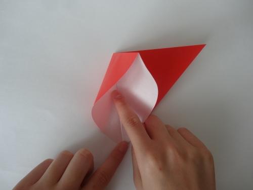 折り紙でバラを折る手順2