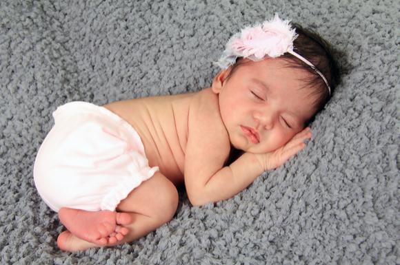 ハーフの女の子の赤ちゃん