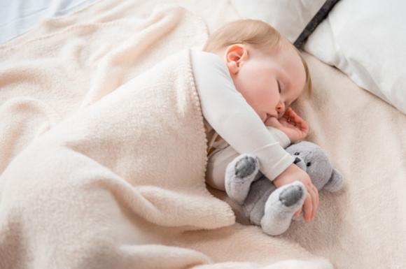 ジーナ式でしっかりと寝てくれている赤ちゃん