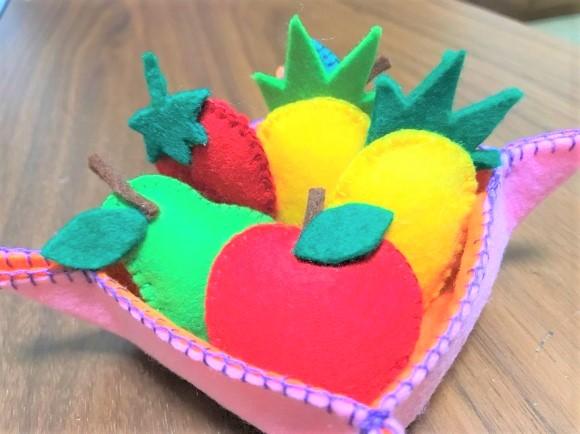 フェルトで作ったフルーツのおもちゃ