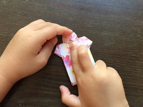 折り紙でシャツを折る手順