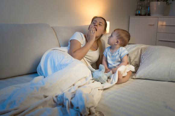 産後に不眠症になってしまったママ