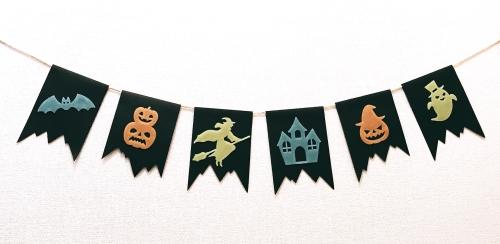 ハロウィン用ガーランド暗闇で光るバージョンの完成画像