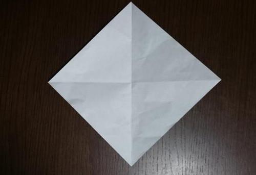 折り紙でやっこさんを折る手順の画像