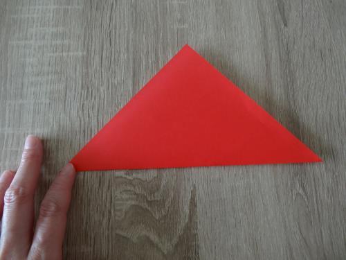 折り紙でヨットを折る簡単な手順