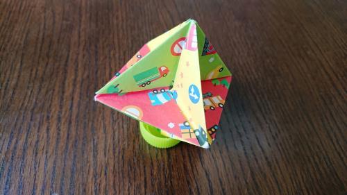 折り紙でフーフーごまを作る折り方の手順画像