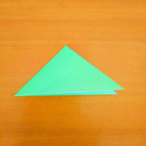 折り紙でバッタを折る折り方の手順画像