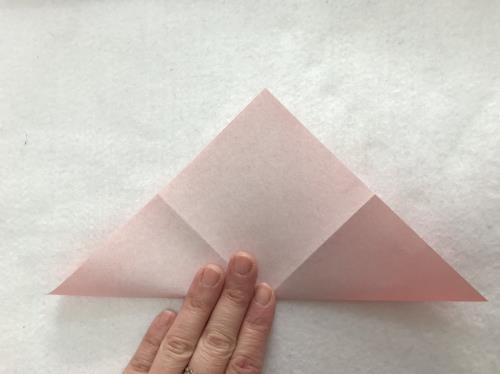 折り紙でカーネーションを折る折り方の手順画像