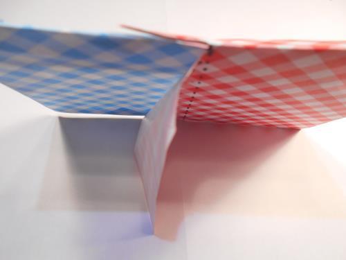 折り紙でフォトスタンドを折る折り方の手順画像