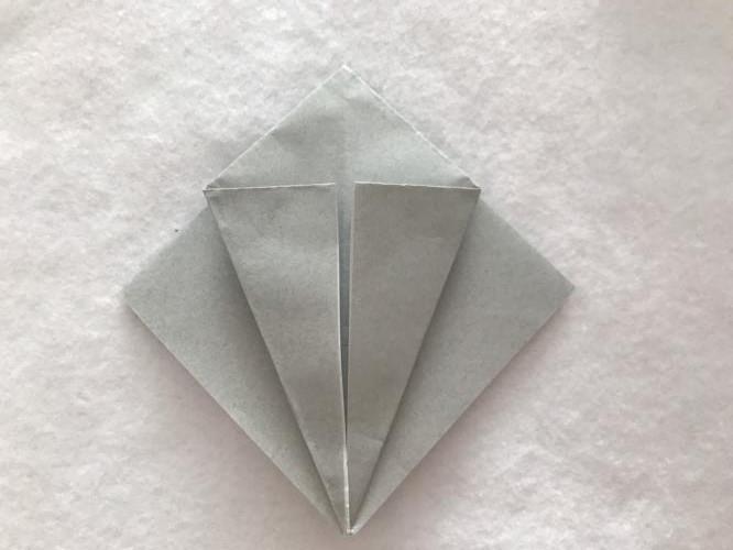 折り紙でトトロを折る折り方の手順画像