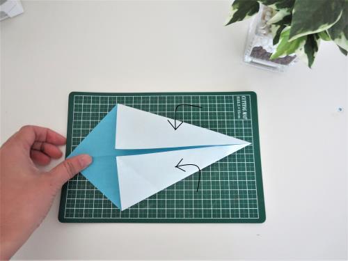 """折り紙で恐竜を折る折り方の手順画像"""" width="""