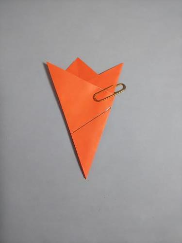 折り紙でヒトデを折る折り方の手順画像