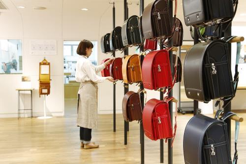 土屋鞄ランドセルの店舗風景の画像