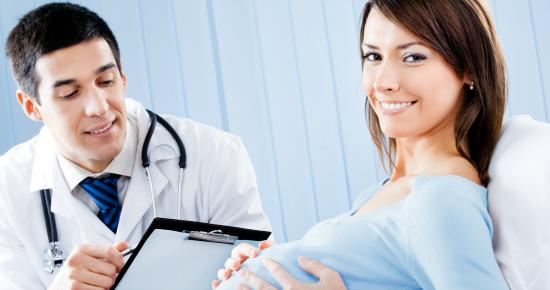 ドクターと妊婦さん