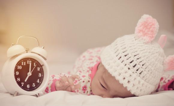 生活リズムをつけていこうとしている赤ちゃん