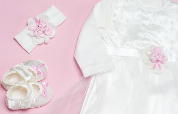 0e60fd8156b3d 退院時の赤ちゃんの服装はベビードレスがおすすめ!季節別の選び方 ...