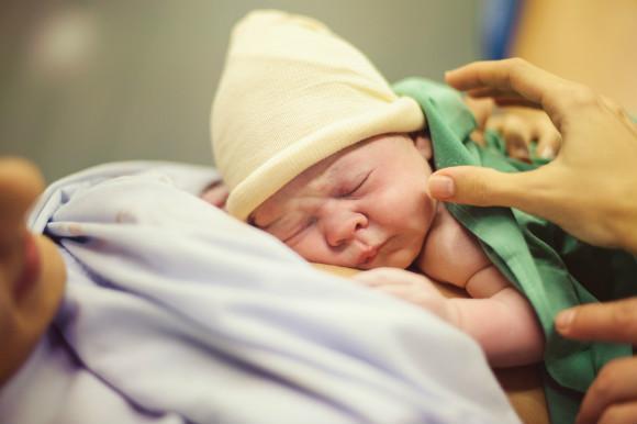赤ちゃん誕生の瞬間