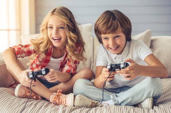 ゲームが大好きな子供