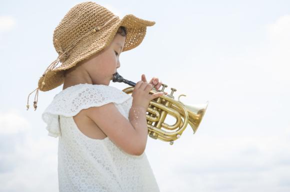 音楽系の習い事をしている幼児