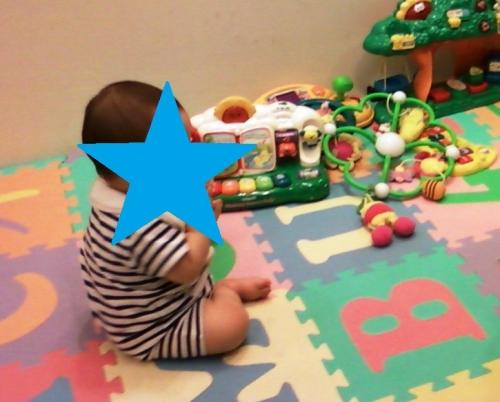 ジョイントマットを赤ちゃんがカミカミしやすい場所