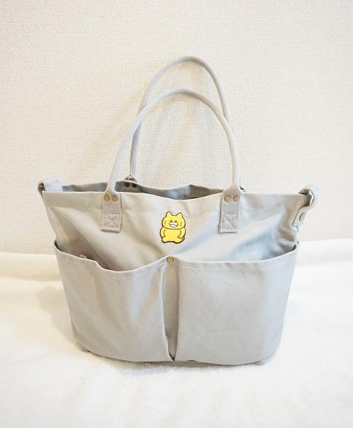 ニトリのマザーズバッグに荷物を入れた様子