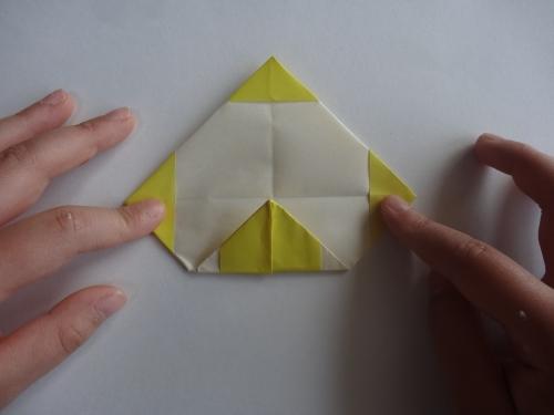 折り紙でお花を折る手順9