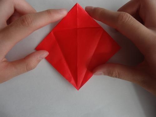 折り紙でバラを折る手順6