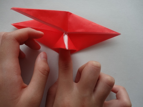 折り紙でバラを折る手順10