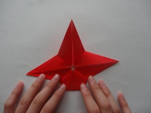 折り紙でバラを折る手順11