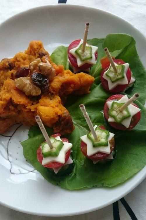 星型かぼちゃサラダとひと口野菜サラダ