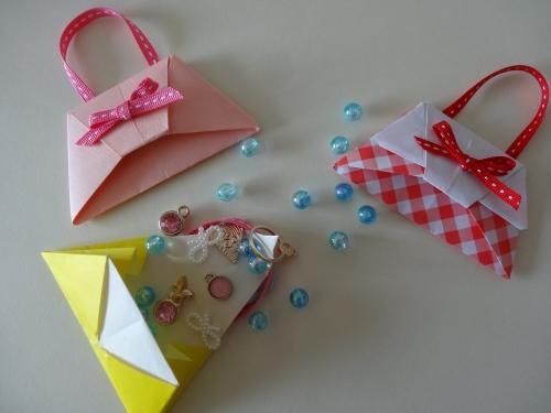折り紙で作るバッグの活用法の画像