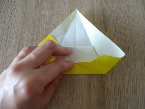 折り紙で作るバッグの折り方の手順の画像