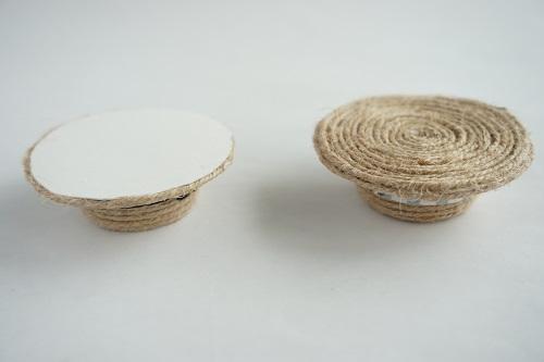 ペットボトルキャップで作る手作り麦わら帽子を活用するための一工夫の画像