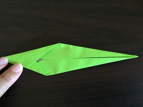 折り紙でチューリップと花束を折る折り方の手順の画像