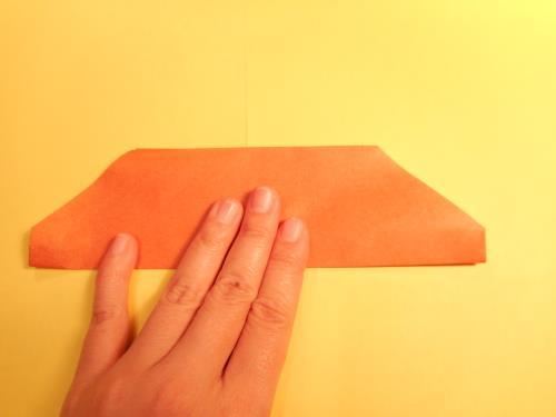 折り紙でパン(クロワッサン)を折る手順画像