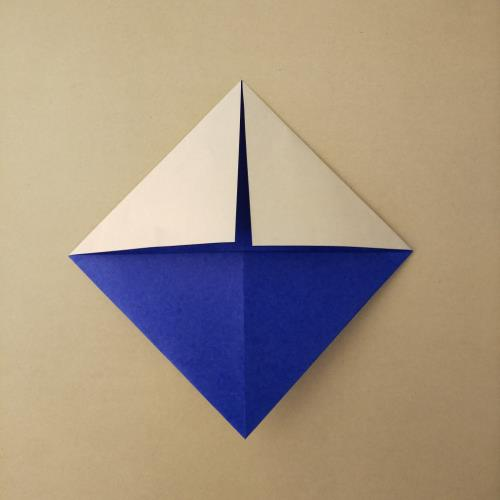 折り紙で富士山を折る折り方の手順画像